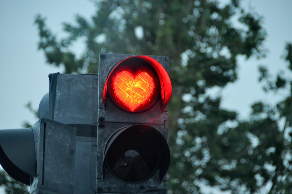 Running Red Lights and Auto Insurance – The Facts